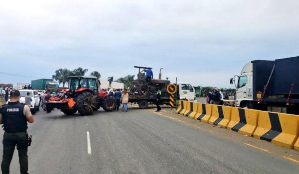 «Está despertando un monstruo»: El sector agropecuario se paraliza en Ecuador y desafía a Lasso, que advierte con cárcel para sus promotores