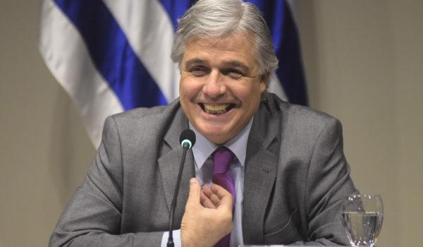 Bustillo recibe al canciller de Brasil con el Mercosur como eje central