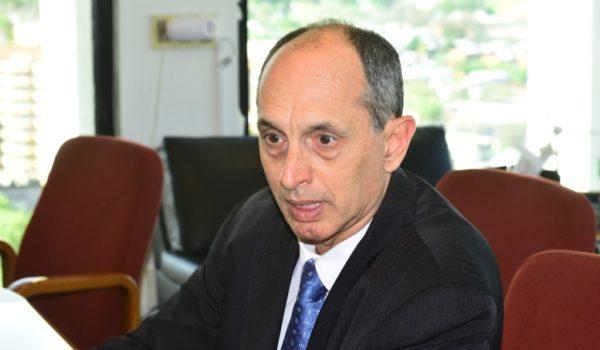 Casaravilla le explicó al juez el «revolucionario cambio de la matriz energética»