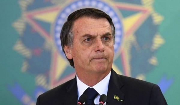 """Informe sobre gestión de la pandemia en Brasil: Bolsonaro cometió """"crímenes contra la humanidad"""""""